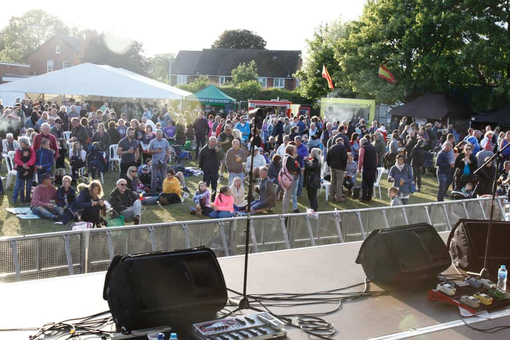 STAGE2CROWD